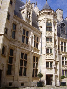 Jacques_Coeur_Palace_main_tower